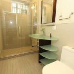 bathroom1_700