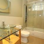 bathroom3_700