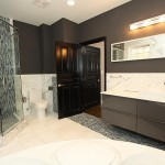 ownersbathroom1_700